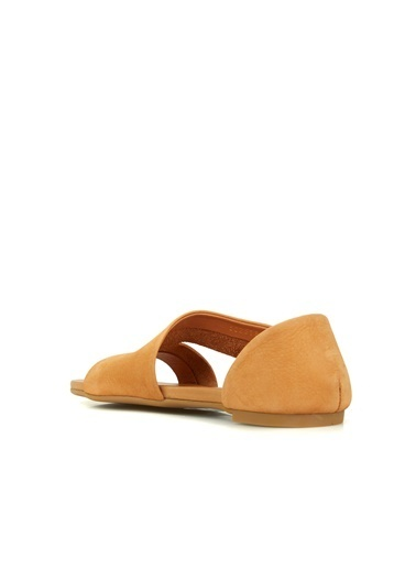 Divarese Divarese 5025180 Cep Detaylı Taba Kadın Sandalet Taba